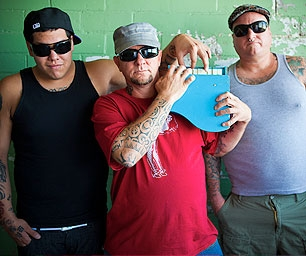 Troy Holmes (nowell) Sublime w/Rome ...