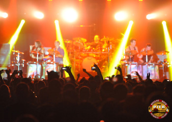 311 Live - Photo by Kit Chalberg